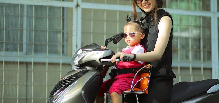 ghế xe máy cho bé