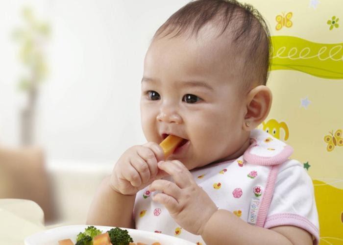 thực đơn ăn dặm cho bé 7 tháng